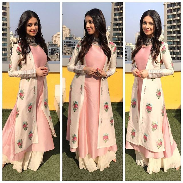 Divya khosla kumar in a lovely pastel indo western outfit! It's more on the ethnic side tho. :)