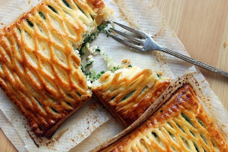 Hojaldres de espinacas y queso de cabra. Receta   Cocinar en casa es facilisimo.com