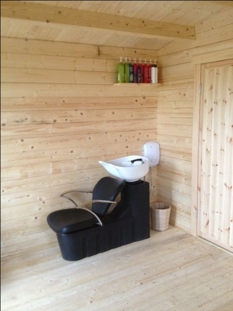 Elba Log Cabin - Hairdressing Salon 2013