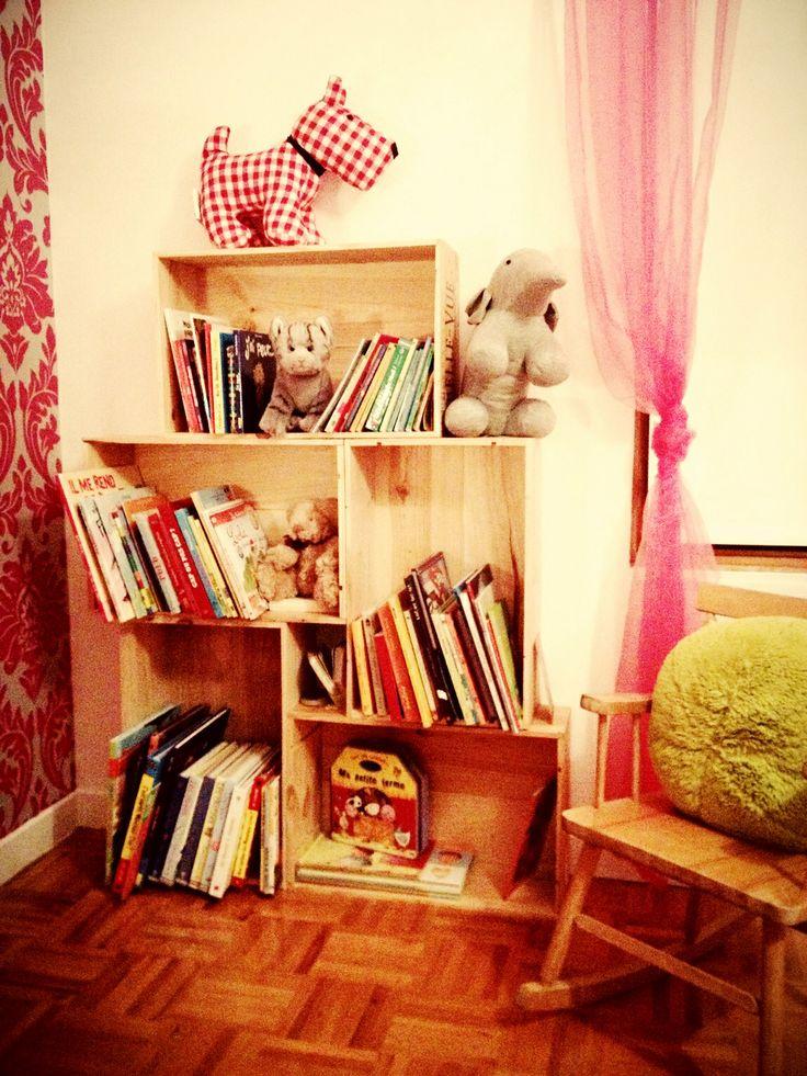 17 meilleures images propos de caisses en bois sur pinterest playmobil d tenteurs de livre. Black Bedroom Furniture Sets. Home Design Ideas
