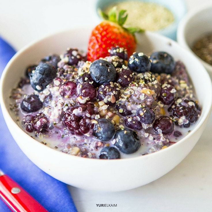 High in protein and full of fiber, this healthy breakfast bowl is the type of morning meal you can feel good about eating, plus it's quick and delicious.