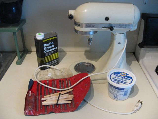 How to clean and re-grease your Kitchen aid mixer. Perfect step by step instructions. @Julie- thought of you!