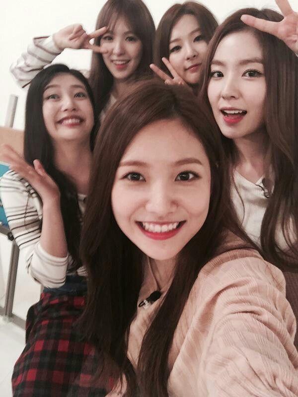 Red Velvet selca | Red Velvet ❤ | Red valvet, Red velet
