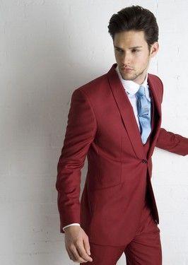 traje rojo de wallace Trajes de novio modernos y coloridos