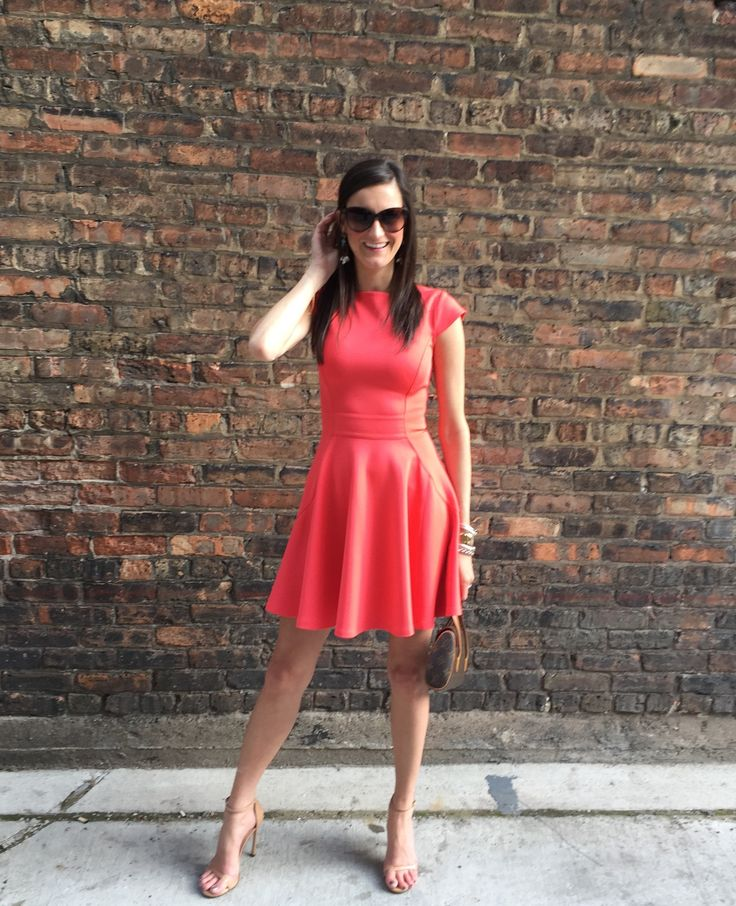 Tierney has used Stylebook App for FOUR years! Read why she thinks the app is totally worth it on her blog Fashion to a T
