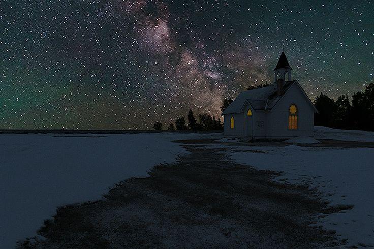 Dark night on the prairies. Photo by Nebojsa Novakovic.