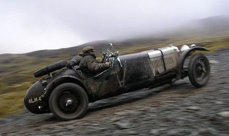 Four-Links – VSCC's Lakeland Trial, Russia's classic car scene, Schwimmwagen and RV mate, an awesome toolbox