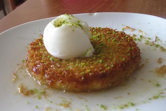 kanafe..my favorite Lebanese dessert.