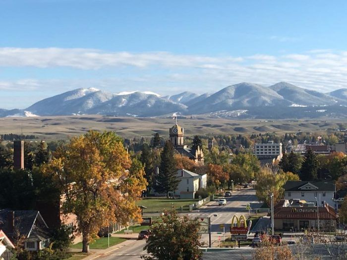 This Tiny Montana Town Is One Of The Happiest Places In America ...