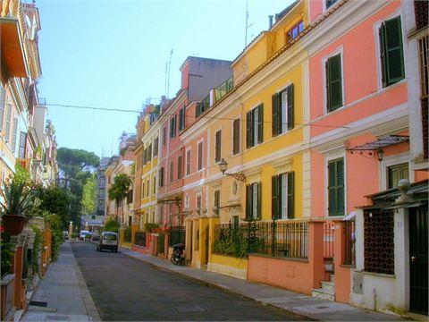 """Strada privata conosciuta dai romani come """"piccola Londra"""", nel quartiere Flaminio"""