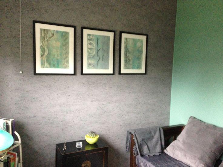 Uuden työ/vierashuoneen väritykseen sopiva
