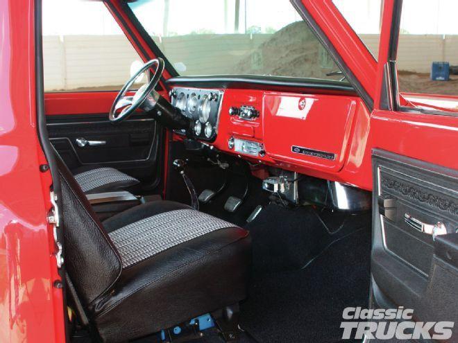 1212clt 04 1968 Chevrolet C10 Interior Custom Interiors Pinterest Chevrolet Classic
