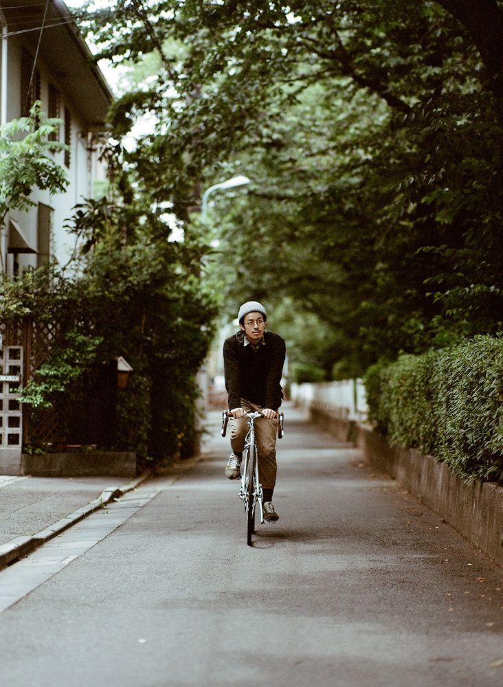 How to ride a bike in Tokyo Kinfolk - @Diana Avery Avery Parker Fitzgerald