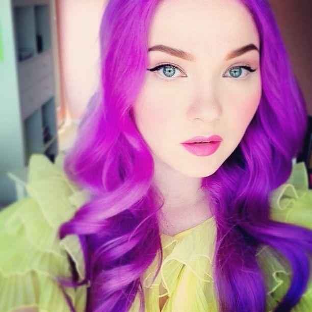 @kelsey hartley   hora de oro // golden hour Deere's lipstick of the day is Countessa Fluorescent. What's yours?