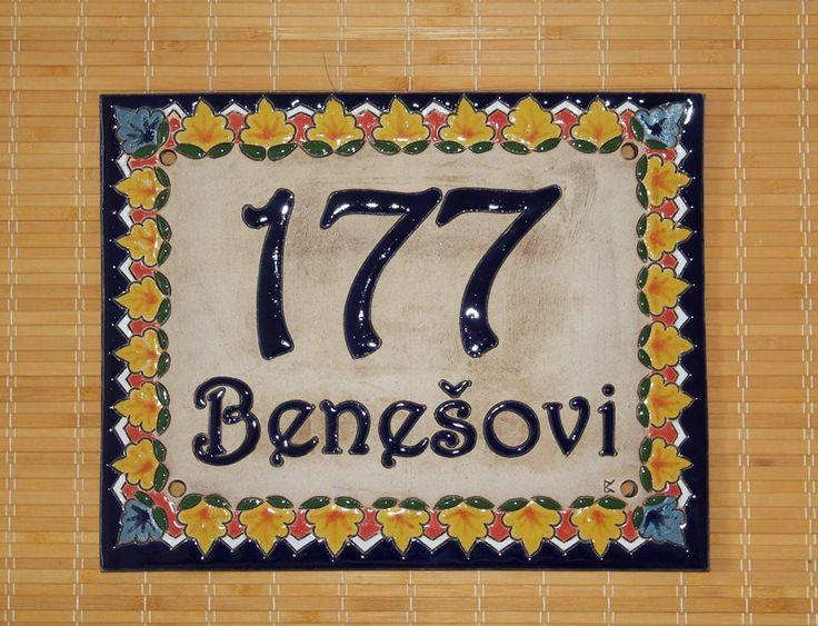 Domovní čísla z keramiky se španělskými motivy- zakázková výroba keramiky na přání. Keramika pro domov, www.keramika-dum.cz. House number