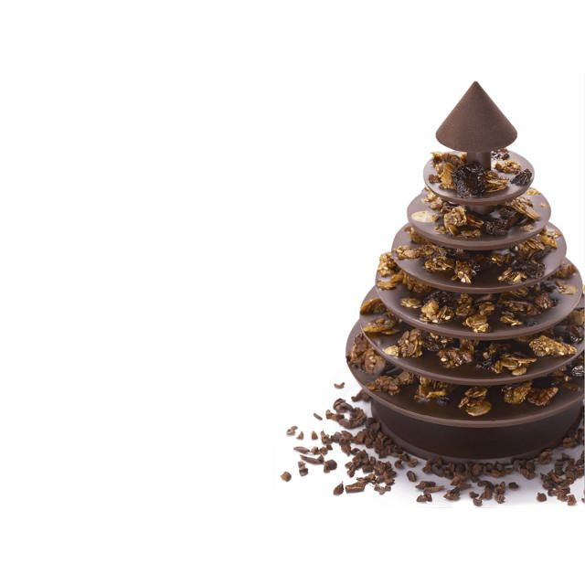 Need to mail a gift? How about this flat-packed christmas tree made entirely out of chocolate?!