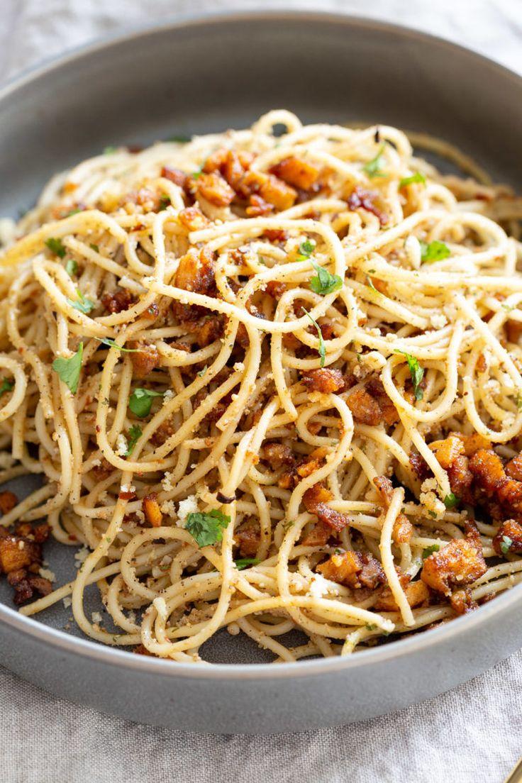 Vegan Cacio e Pepe with Smoky Balsamic Roasted Chickpea tofu. Spaghetti is tosse…   – Talk Vegan to Me