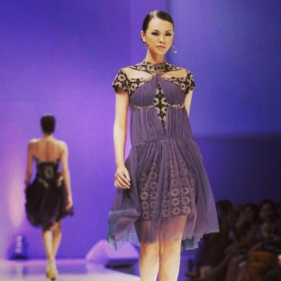 """Mystique Mistress"" by Pradani Ratna for Jogja Fashion Week 2013  | batik | dress | indonesia"