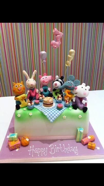 Peppa pig and friends enjoying a picnic by Richard's Cakes | Facebook
