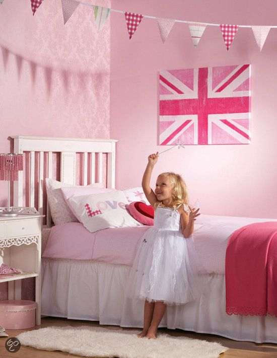 17 best images about girls bedroom ideas on pinterest big girl bedrooms magnetic bulletin - Kamer modern meisje ...
