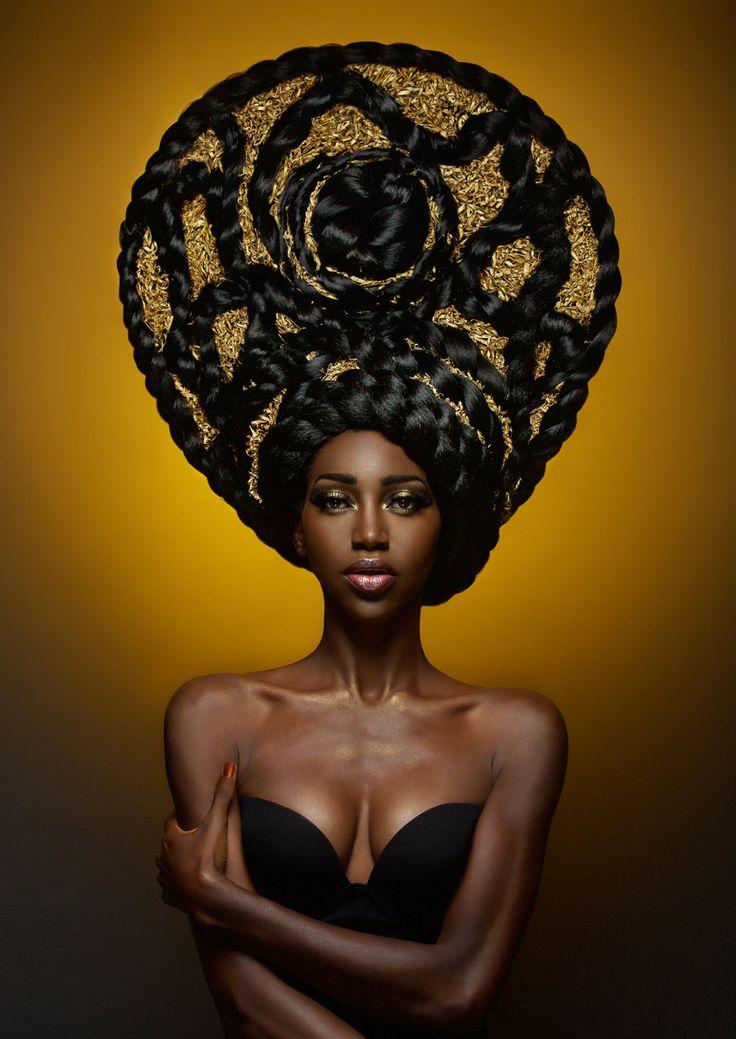Afro Hair Photography by Fabrice Meuwissen #ItalyCoiffeur: Adrien KubikMake-up: Julie RouxRetouching: Paola Sammartino