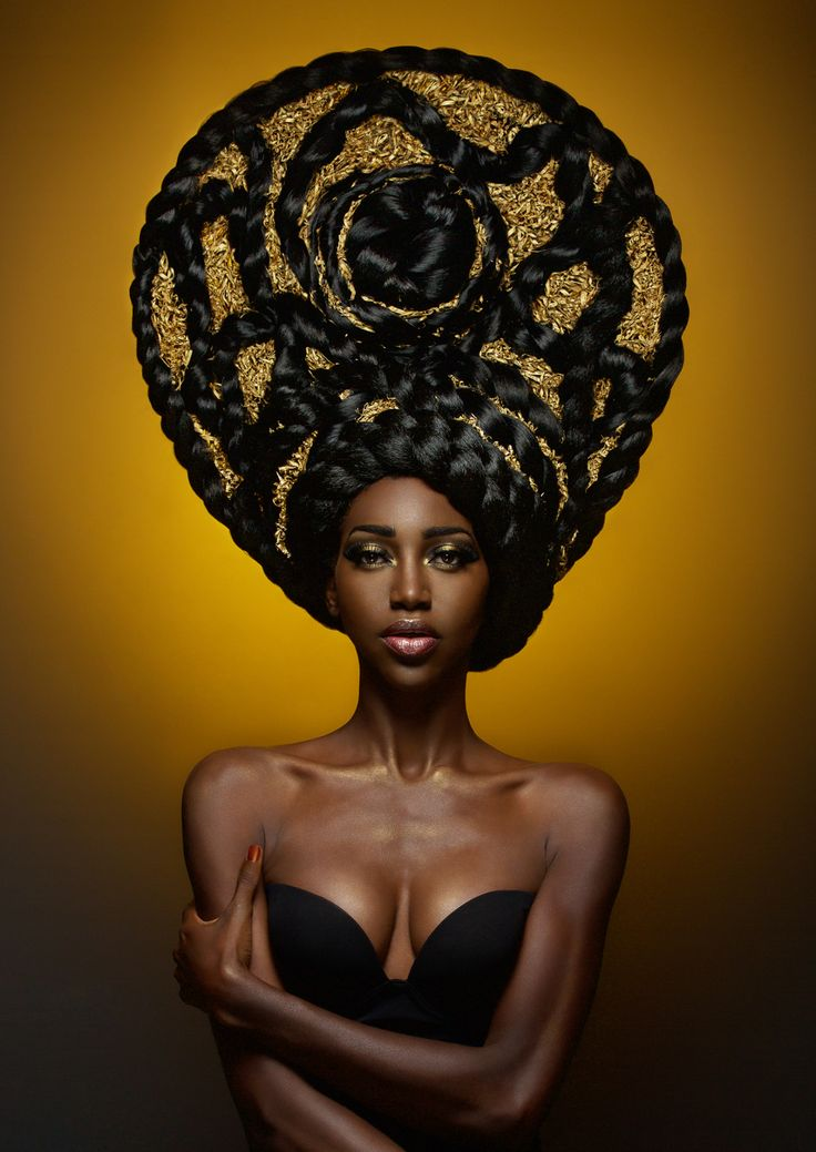 Afro Hair Photography by Fabrice Meuwissen #ItalyCoiffeur: Adrien KubikMake-up: Julie RouxRetouching: Paola Sammartino