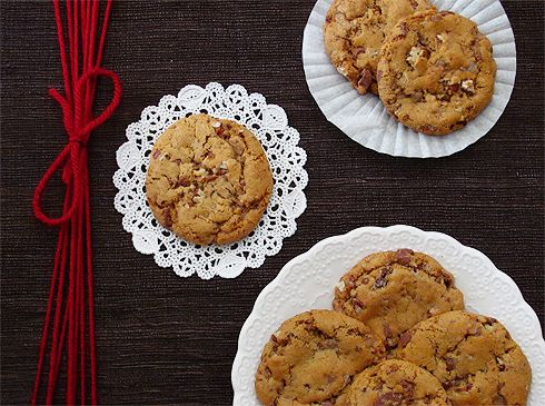 Caramel Creme Toffee Nut Cookies~~  This sounds absolutely perfect. A quick glance at the recipe, and it looks like you have to have/make/use homemade caramel sauce. Some things are worth all the effort.