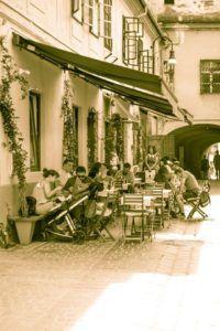 dei Frati outdoor seating in Piata Enescu, Brasov, Romania