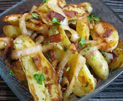 Fingerling Potatoes with Caramelized Onion and Bacon: Side Dishes, Fingerling Potatoes Recipe, Caramel Onions, Dinner Side, Food, Veggies Bacon, Dinner Ideas, Nom Nom, Dinner Tomorrow