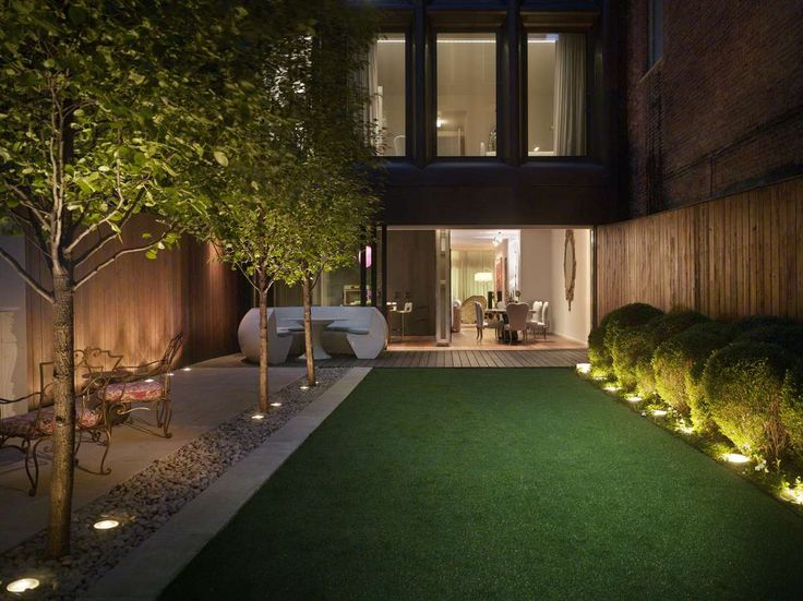 Contemporary Patio And Deck In New York Ny By Francis Sultana Townhouse Garden Townhouse