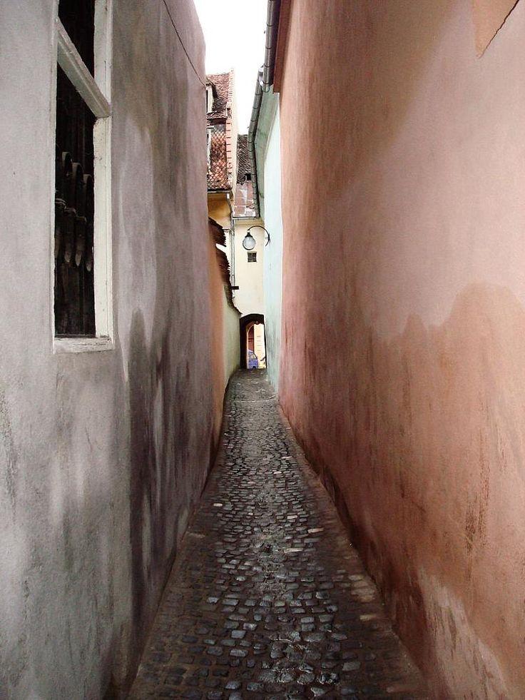 rope street by mircea.fotograf.az