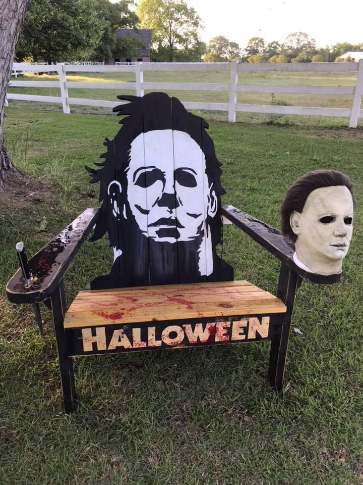 """Halloween Rue Morgue 2020 This Summer, Sit Yourself Down In Artist Clarence Adams' """"Horror"""