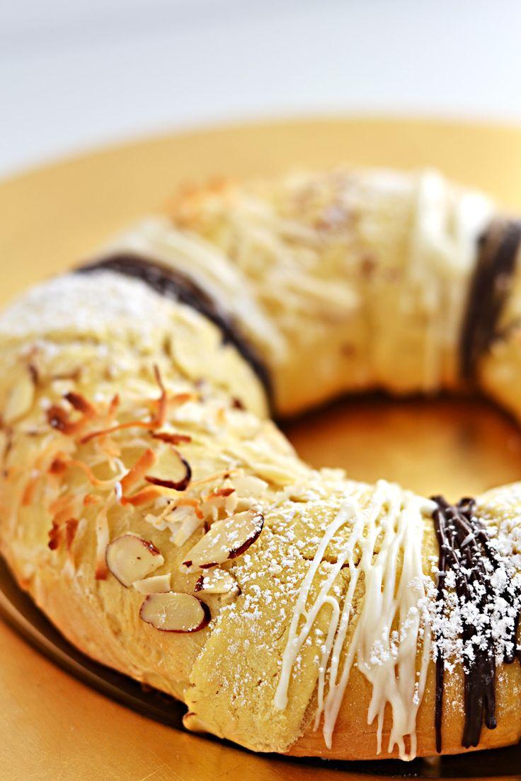 Mexican - Rosca de Reyes - On Día de los Tres Reyes (Day of the Dead), a special sweet bread, Rosca de Reyes, is eaten.