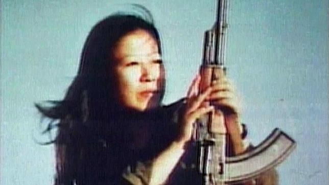 Fusako  Shigenobu fundadora del Ejército Rojo Japonés Conocida como «la emperatriz», cuyo objetivo era la revolución socialista mundial y el fin del capitalismo estadounidense. Al igual que otras organizaciones comunistas de la década de 1970, se alió con los grupos palestinos y pidió la destrucción de Israel.  Fué detenida en noviembre del 2000 y condenada a 20 años de prisión.