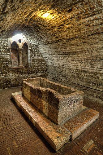 Tomba di Giulietta, Verona, Italy