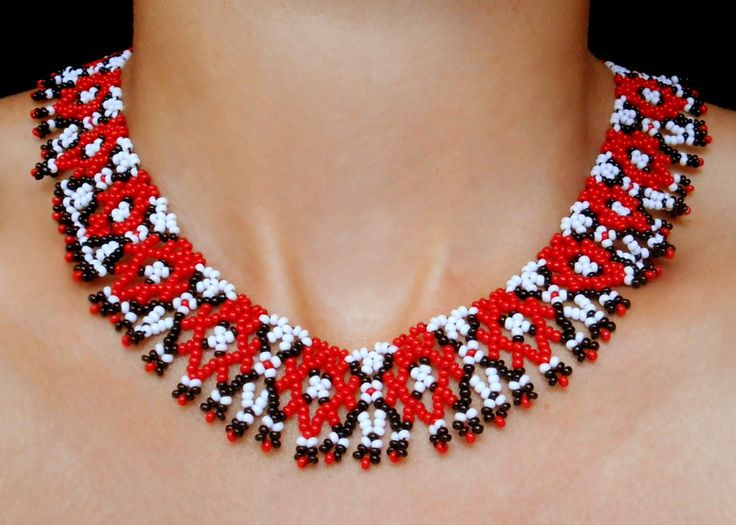 Free pattern for necklace Agnes Click 0n link to get pattern - http://beadsmagic.com/?p=5564