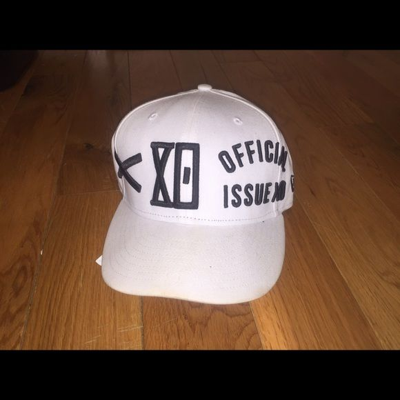 The weeknd xo strap back hat The weeknd xo 2014 fall tour hat. Purchased on the tour stop at Barclays center. Accessories Hats