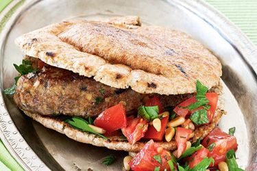 Turkish lamb burgers recipe, NZ Woman's Weekly – Turkish-style takeout at home, for under $20! – foodhub.co.nz