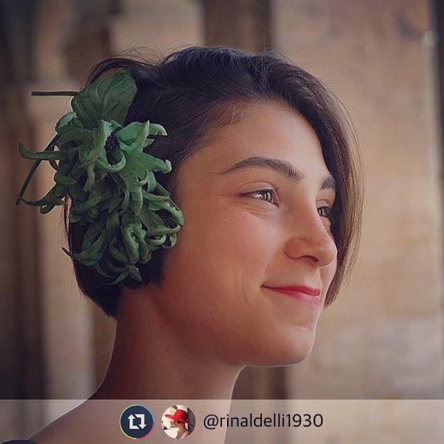 Un fiore di seta tutto fatto a mano da Alessandra... Che meraviglia @rinaldelli1930 rinaldelli.it  #hat #Livorno #Toscana #Tuscany #igfashion #fascinator #estate #summer #igers #igersitalia #igersitaly #madeinitaly #Italy #Italia #iglivorno #igerslivorno #igerstoscana