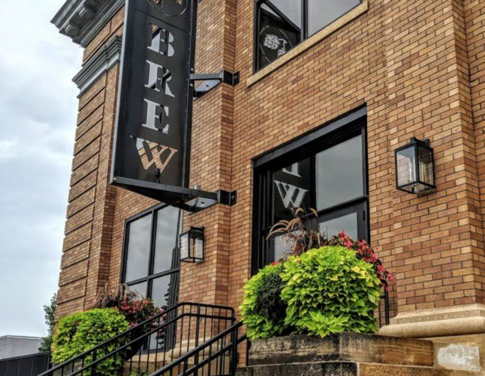 Dine On Delicious Food At This Historic Former City Hall In Wahpeton North Dakota City Brew Hall Transformed An Old Emp In 2020 With Images City Brew Places To Go Old Buildings