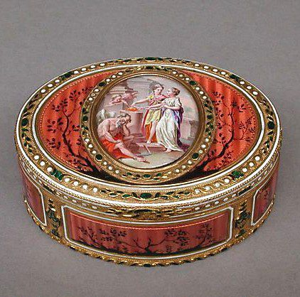 """Antique Swiss snuffbox, gold and enamel, c1780-90. Dimensions 1-3/8"""" x 3-1/4""""."""