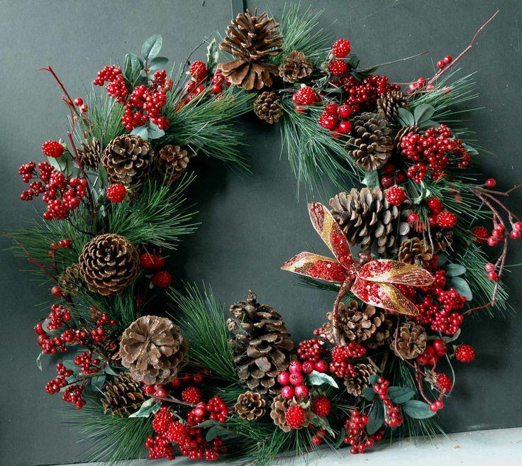 My Wreath Looks Very Similiar To This With The Exception