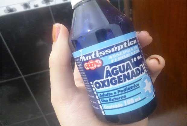 A água oxigenada tem benefícios milagrosos! quem me dera saber disso mais cedo!