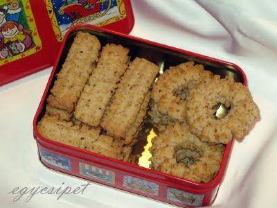 egycsipet: Diós darálós keksz