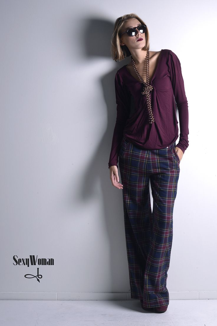 Simple-chic by Sexy Woman Maxi tartan pants and t-shirt