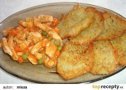 Bramborové placky s kuřecím masem a zeleninou recept - TopRecepty.cz