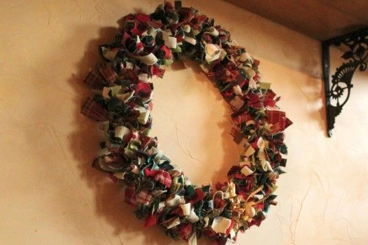 scrap fabric, holiday wreath, christmas, diy. easy, how to, instructions…