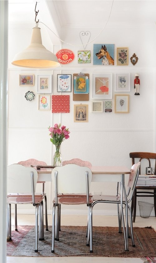 Awesome Bright And Eclectic Vintage House In Australia With White Wall Photo Frame Decor Chandelier Wooden Dining Table Chair Stool