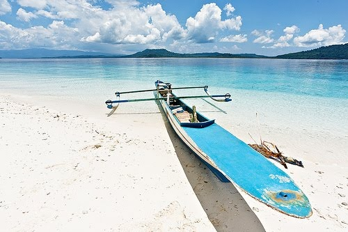 Molana Beach - Heavenly Beach In Saparua - Ambon, Maluku (Indonesia):Uniqueness Of Country