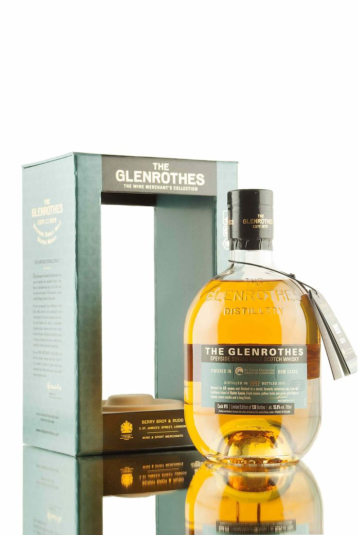 Finished in a barrel that previously held Rum from the Caribbean island of Saint Lucia and bottled for the Wine Merchant's Collection. Single cask #15 has been bottled at 55.8% vol, with a very low outturn of only 138 bottles.